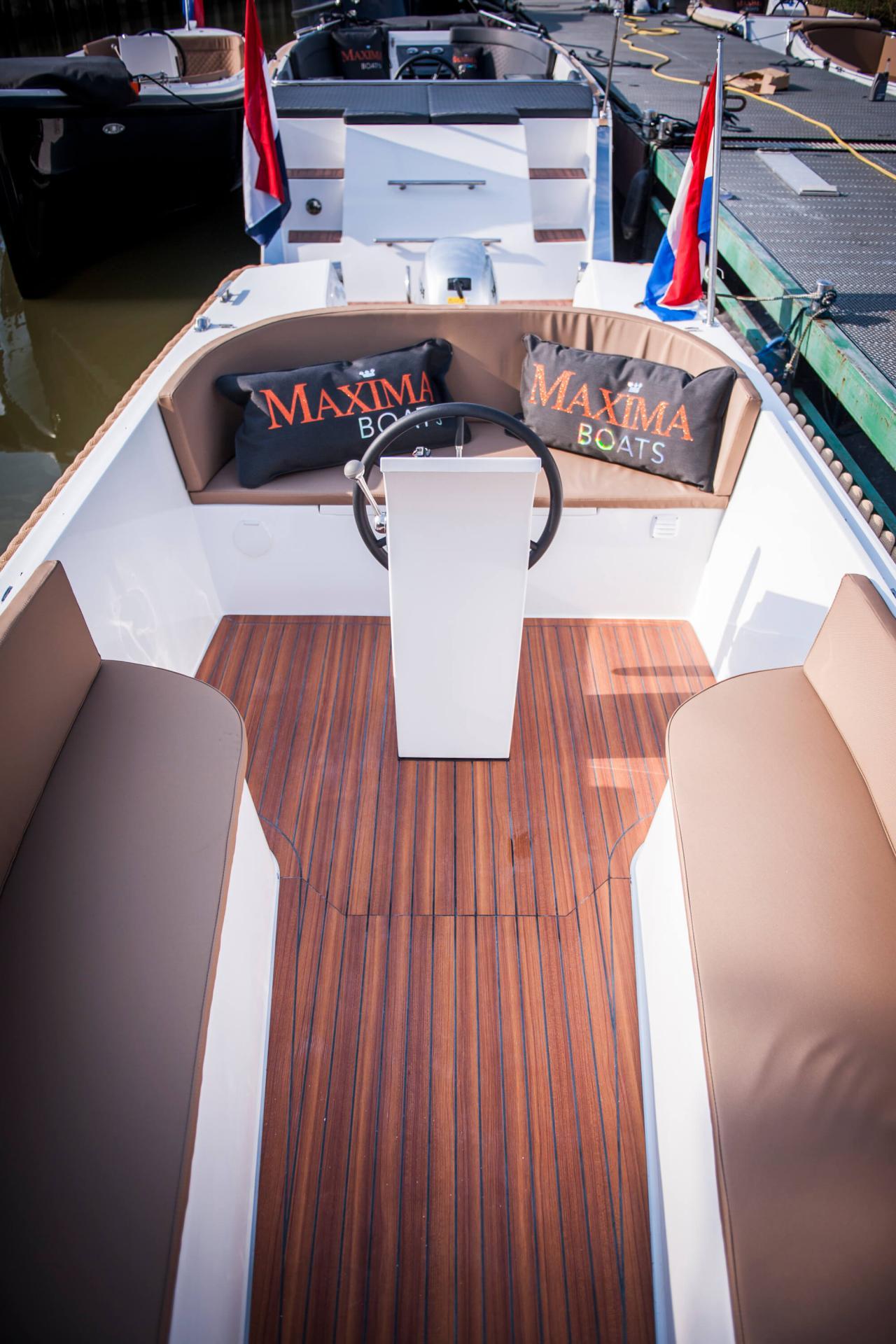 Maxima 550 28