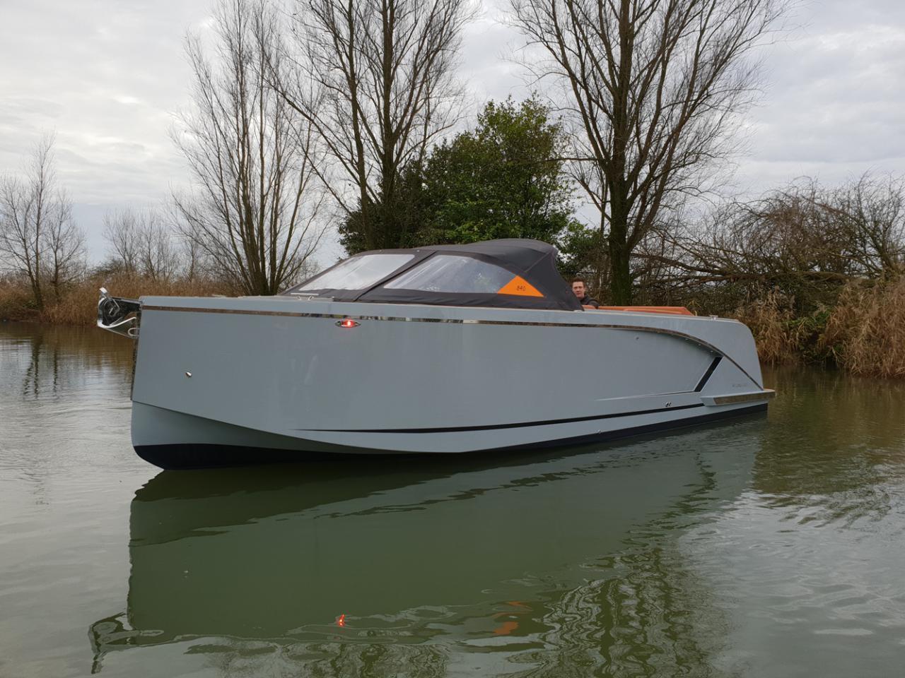 Maxima 840 tender 29