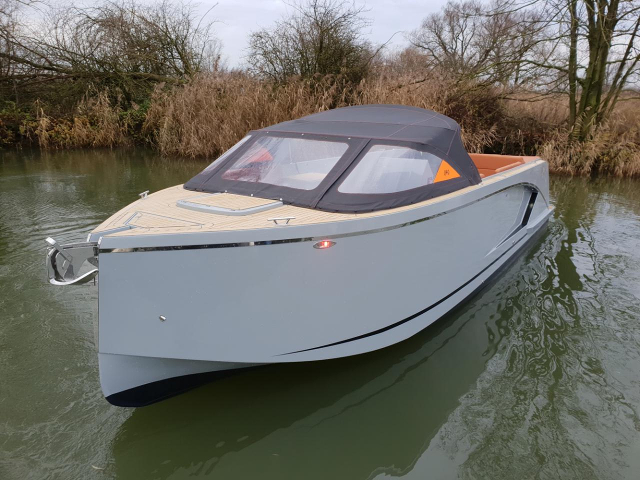 Maxima 840 tender 32