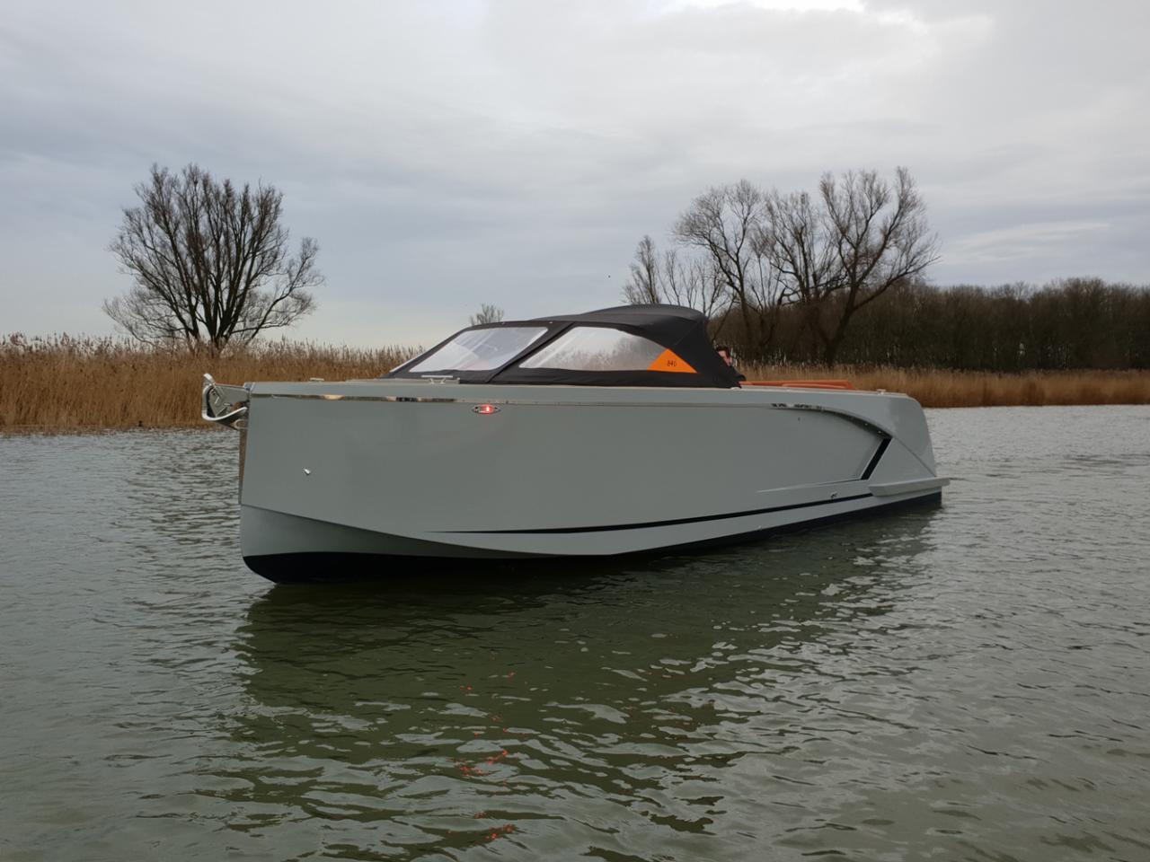 Maxima 840 tender 35
