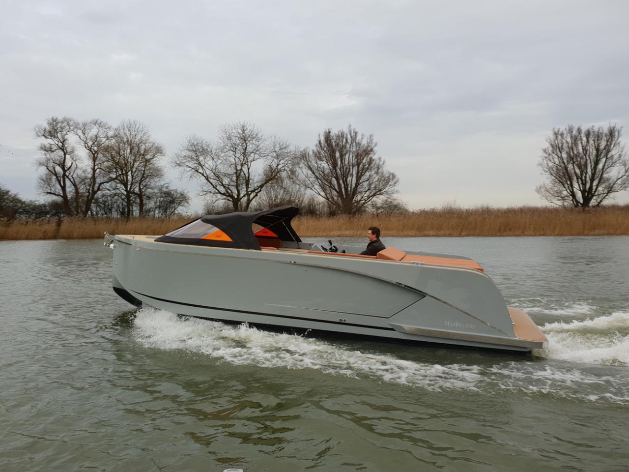 Maxima 840 tender 30