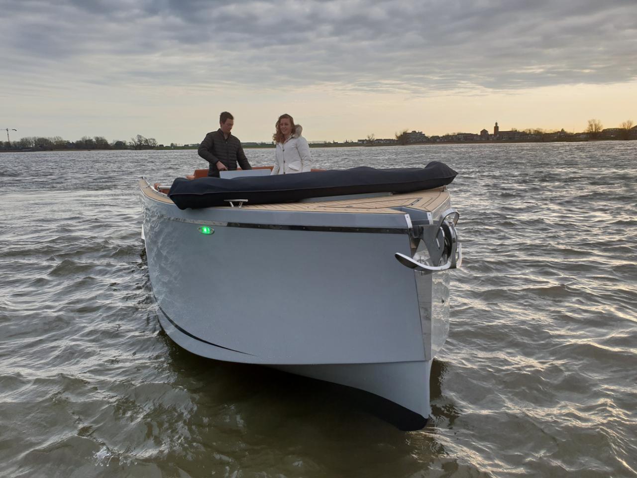 Maxima 840 tender 55