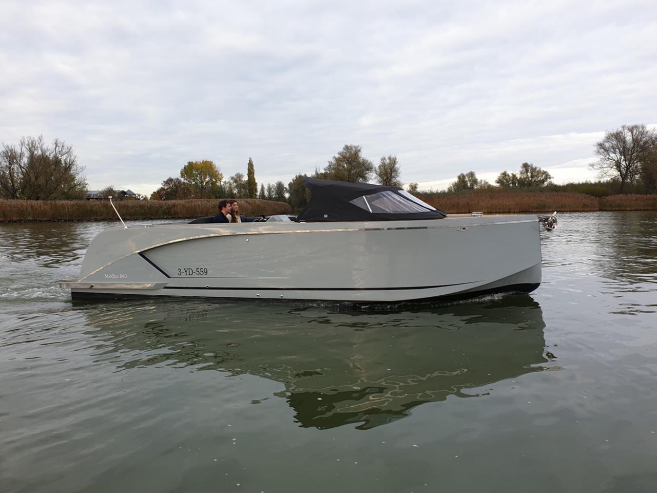 Maxima 840 tender 10