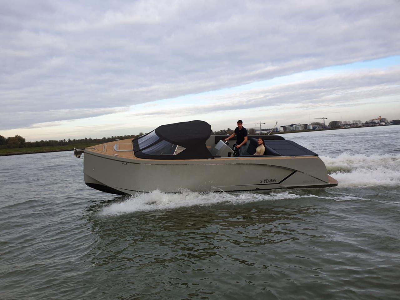 Maxima 840 tender 3