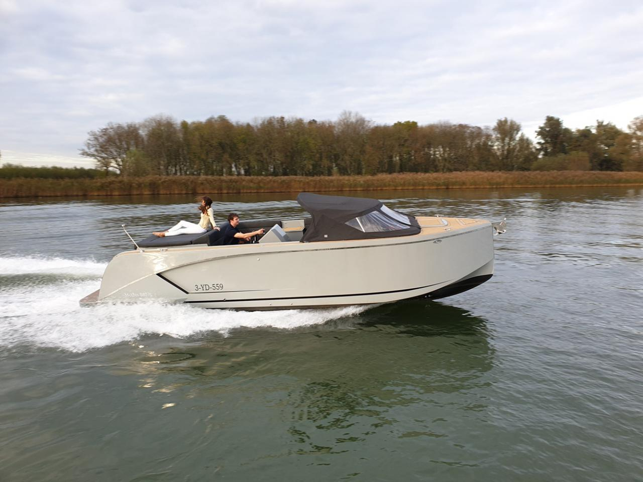 Maxima 840 tender 1