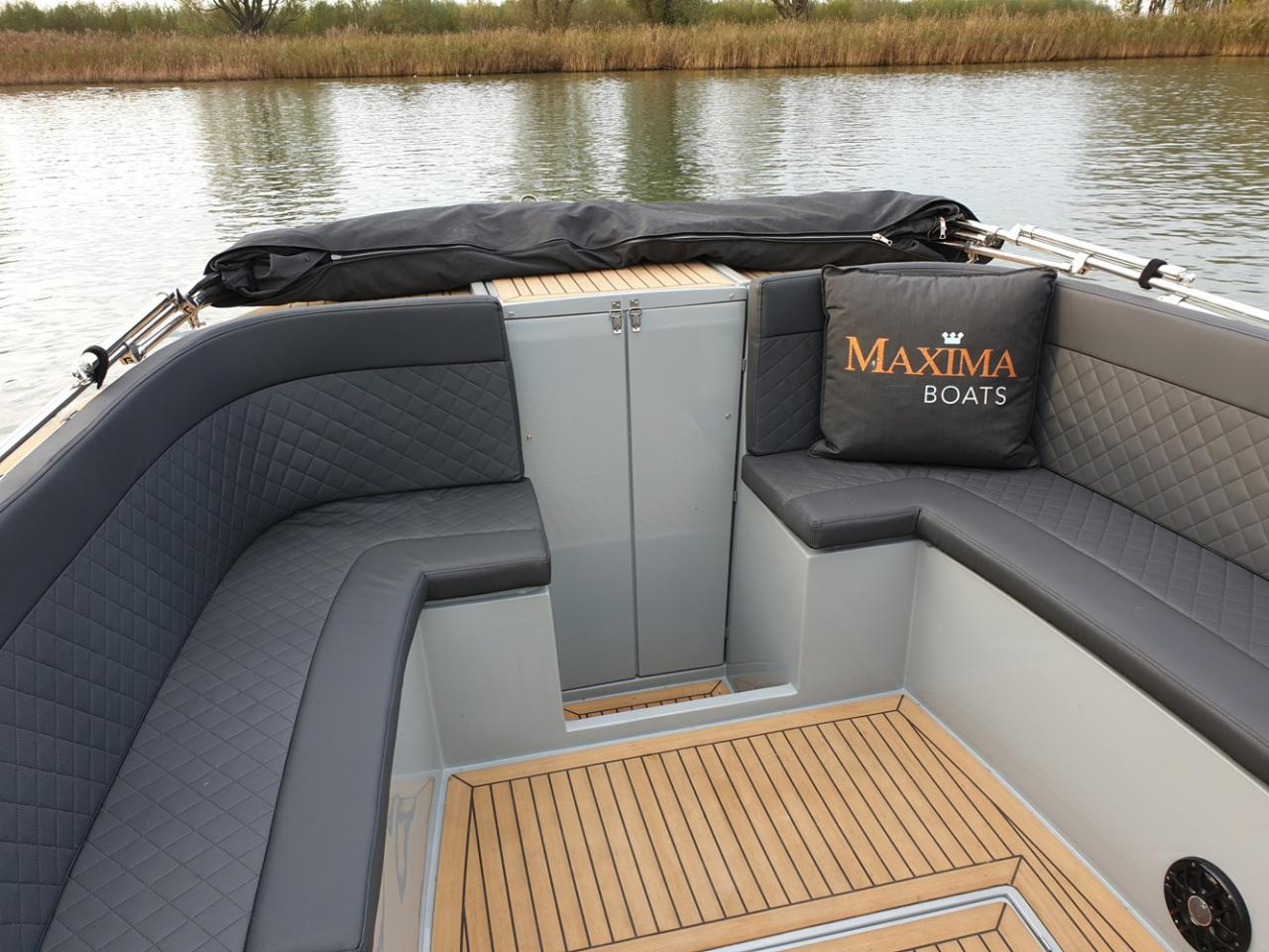 Maxima 840 tender 14