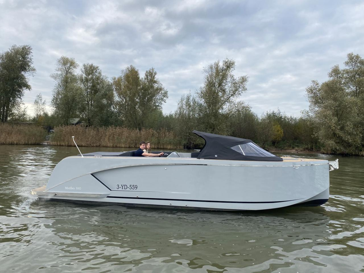Maxima 840 tender 7